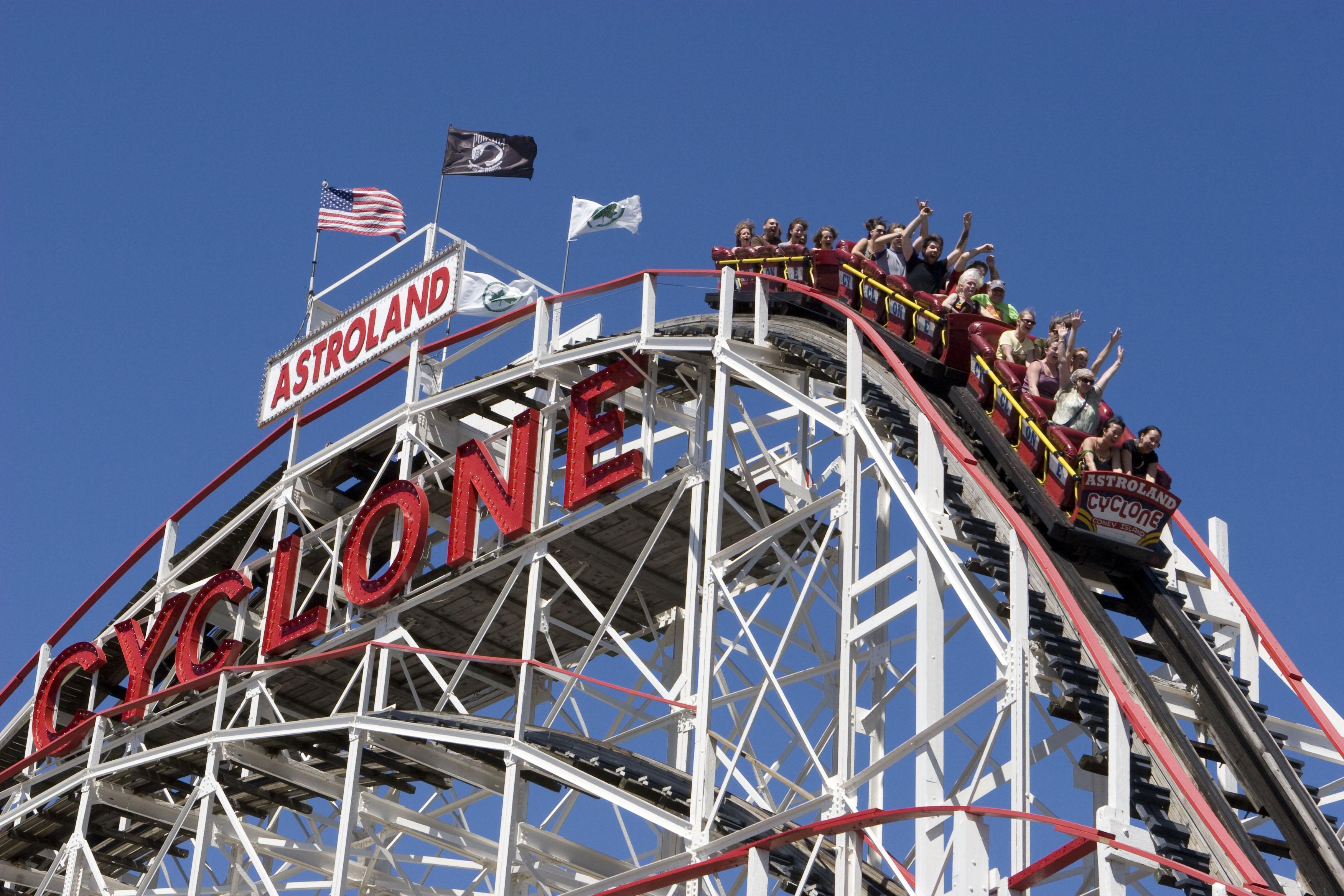 Turismo de nueva york promociona coney island bookingfax - Oficina de turismo nueva york ...